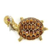 Vintage 0.20ct Diamond 0.05ct Ruby & Enamel 18K Yellow Gold Turtle Brooch ZC13-1