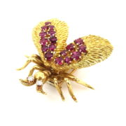 Vintage 0.10ct Diamond & 2.0ct Ruby 18K Yellow Gold Hand Carved Insect Brooch ZC13-2