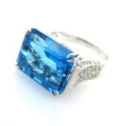 Estate 15.0ct Vivid Blue Topaz & 1.0ct Diamond 18K White Gold Ring SM18-9